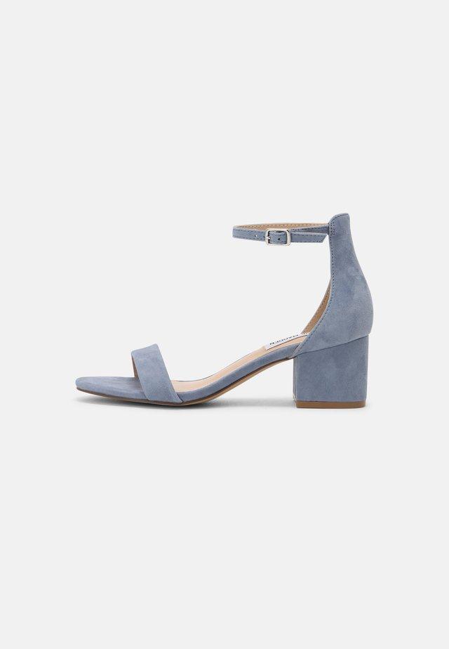 IRENEE - Sandaalit nilkkaremmillä - lavender