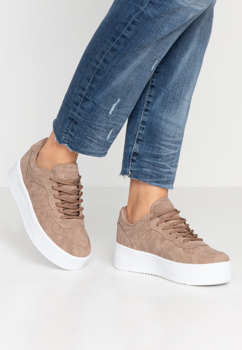 Nly by Nelly - FLIRTY PLATFORM - Trainers - nougat