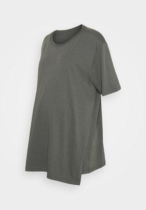 OVERSIZED - Basic T-shirt - willow green