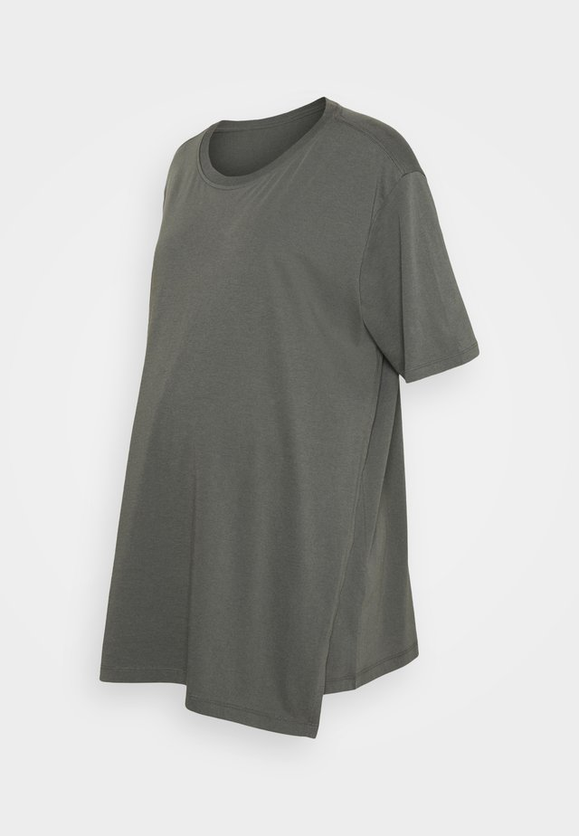OVERSIZED - T-shirt basic - willow green