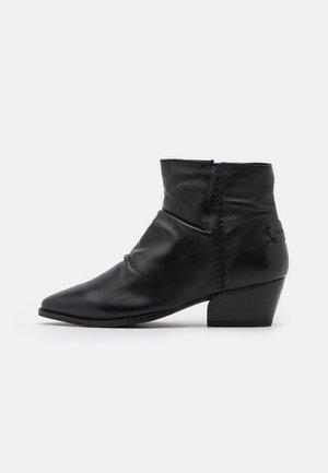 BERINA - Ankelboots - black