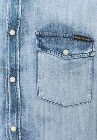 Nudie Jeans - GEORGE - Chemise - glowing indigo - 2