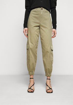 ERIN - Cargo trousers - green umber