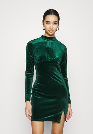 LONG SLEEVE DRESS - Shift dress - forest green