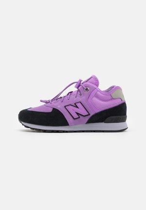 PV574HZ1 - Sneakersy niskie - heliotrope