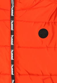 Hummel - NORTH - Winter jacket - tangerine tango - 4