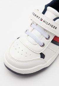Tommy Hilfiger - Sneakers - white/blue - 5