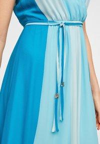 comma - MIT FARBVERLAUF - Day dress - turquoise - 4
