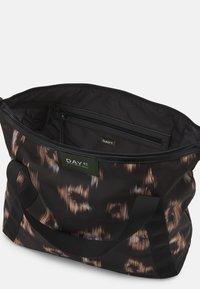 DAY ET - GWENETH IKAT CROSS - Tote bag - black - 2