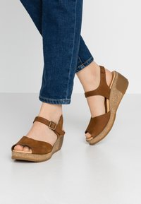 El Naturalista - LEAVES - Platform sandals - wood - 0