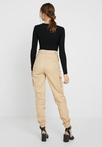 Missguided Tall - PLAIN CARGO TROUSER - Pantaloni - sand - 2