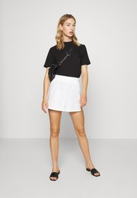 4th & Reckless - SIENNA  - Shorts - white - 1