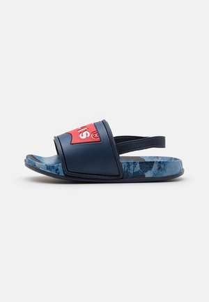 POOL CAMO UNISEX - Sandály - navy/red