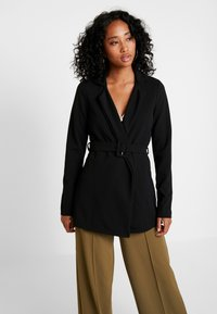 Missguided - SELF FABRIC BELTED - Blazer - black - 0