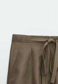 Massimo Dutti - Shorts - ochre - 4