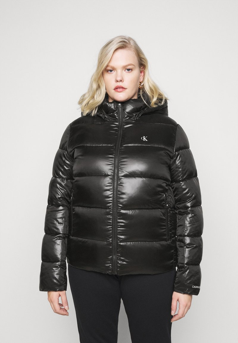 Calvin Klein Jeans Plus - SHINY SHORT PUFFER - Winter jacket - black