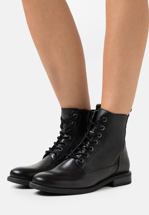 LEATHER - Šněrovací kotníkové boty - black