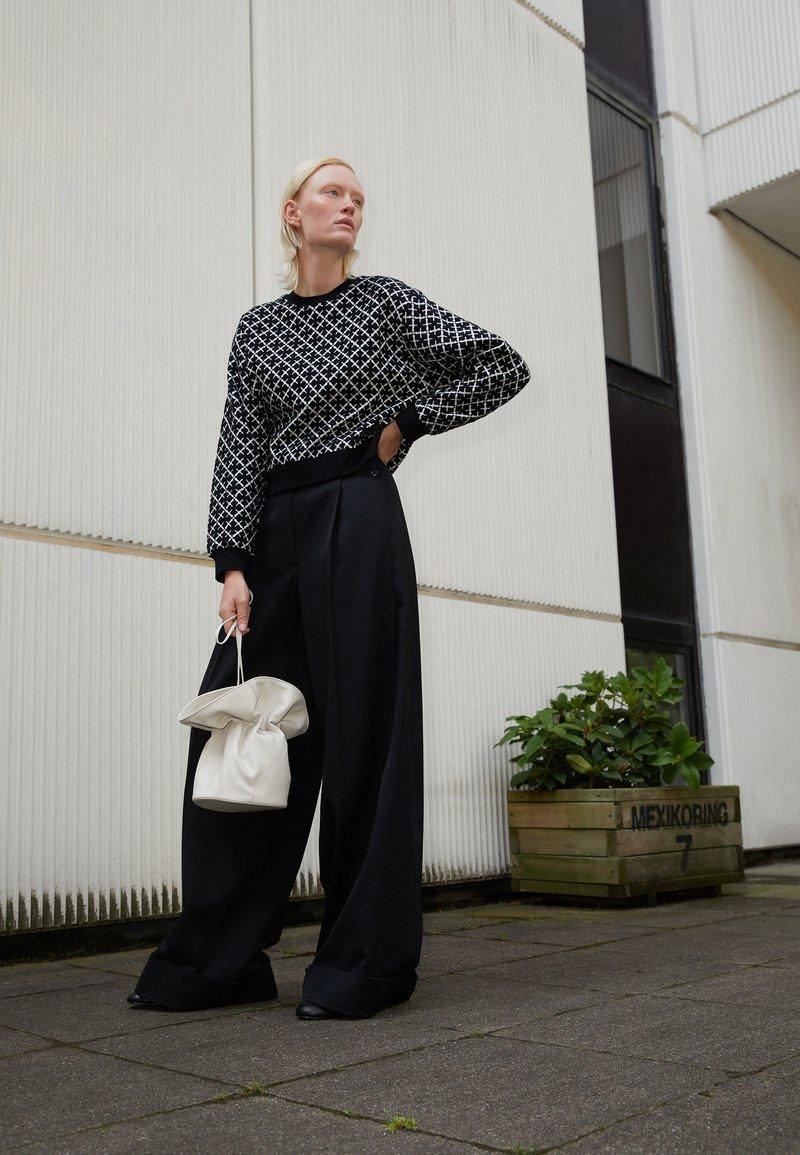 By Malene Birger - YASMIA - Sweater - soft white