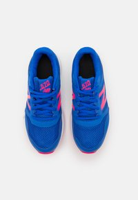 New Balance - 570 LACES UNISEX - Neutral running shoes - blue - 3