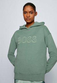 BOSS - EFESSA - Hoodie - light green - 3