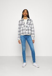 ONLY - ONLLOU SHORT CHECK JACKET - Summer jacket - pumice stone/allure - 1
