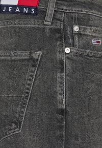 Tommy Jeans - DAD REGULAR - Straight leg jeans - denim - 6