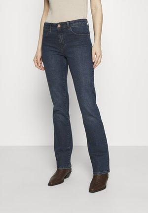 BOOTCUT - Jeans bootcut - bonfire blue