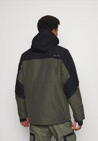 Brunotti - TRISTIN MENS JACKET - Snowboardová bunda - pine grey - 2