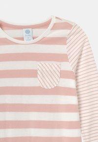 Sanetta - MINI STRIPES - Noční košile - pink - 2