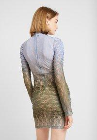 House of Holland - MUTED MINI DRESS - Shift dress - blue/khaki - 3
