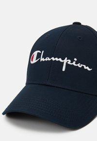 Champion Reverse Weave - CURVED VISOR UNISEX - Cap - dark blue - 3