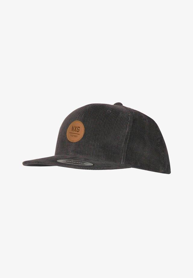 Cap - true black