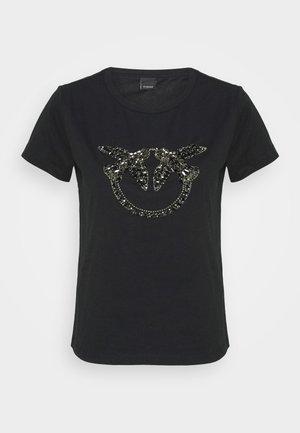 QUENTIN - Print T-shirt - black