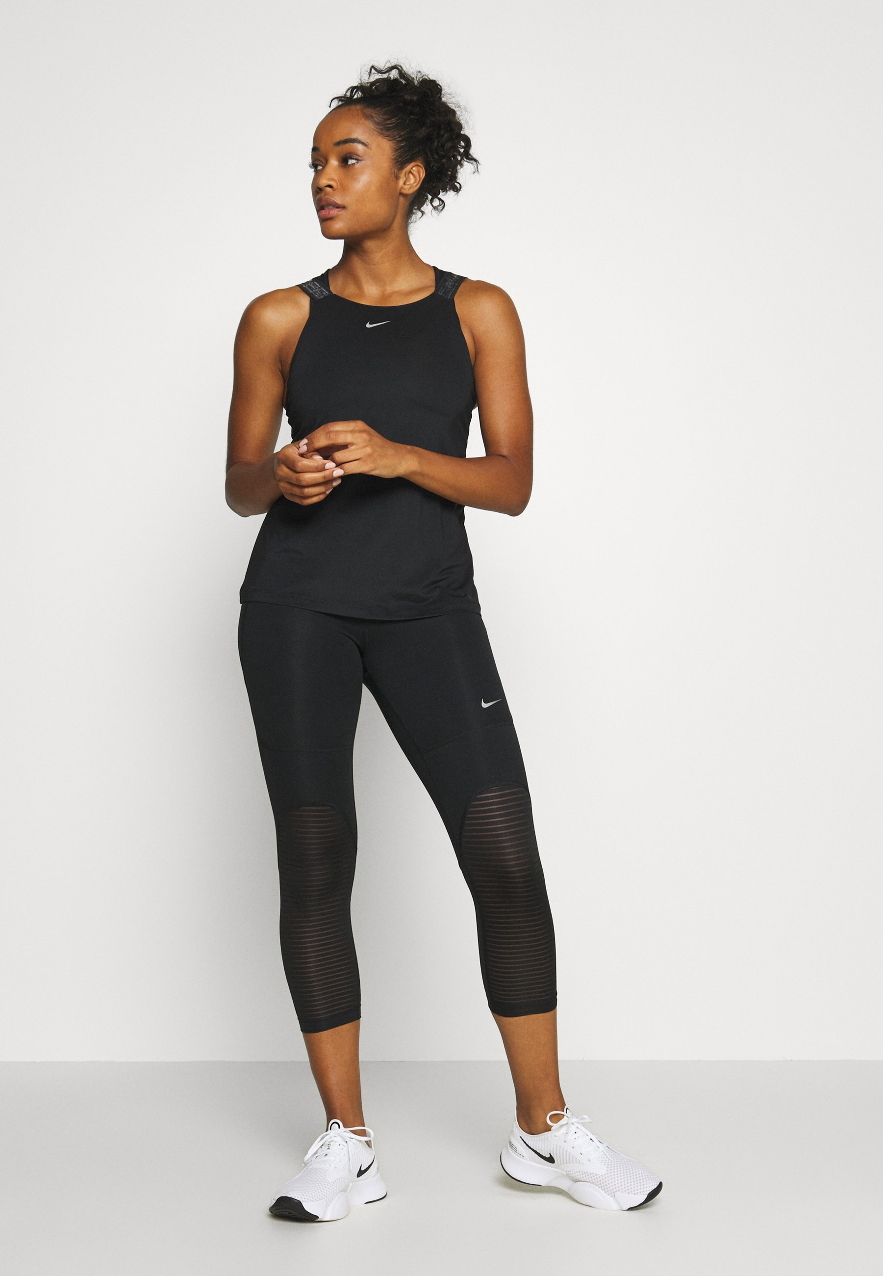 Nike Performance CROP - Collants - black/metallic silver