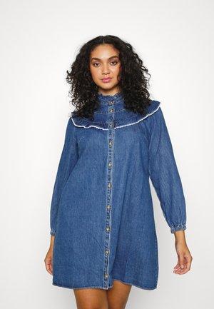 FRILL YOKE SMOCK DRESS - Denim dress - blue