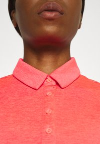 Under Armour - ZINGER SHORT SLEEVE - Sports shirt - red - 3