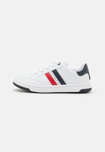 Trainers - white/blue