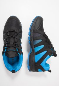 Hi-Tec - WARRIOR - Hiking shoes - black/blue - 1