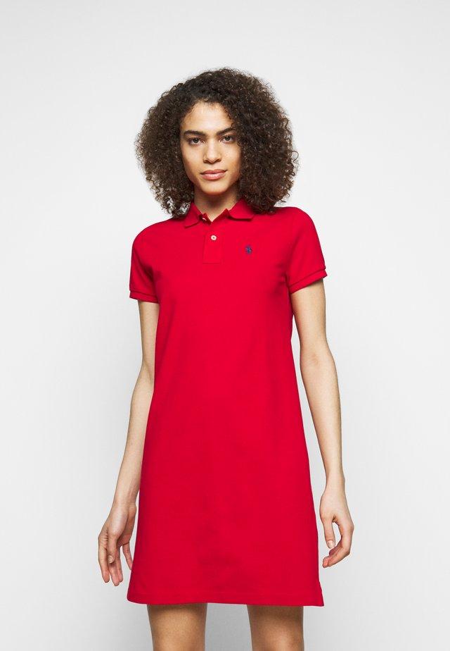 BASIC - Korte jurk - red
