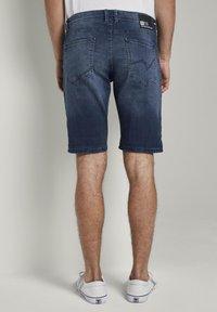 TOM TAILOR DENIM - Denim shorts - blue denim - 2
