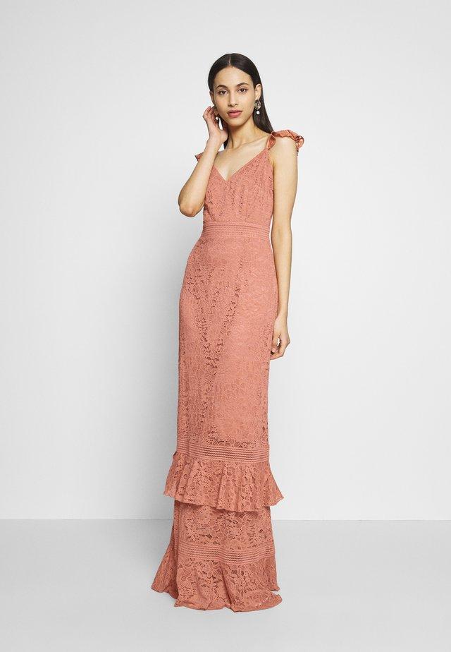 Festklänning - rose gold