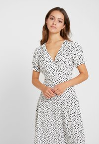 Topshop Petite - WHITE STARLIGHT PRINT DRESS - Day dress - white - 4