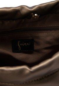 faina - Handbag - gold - 3