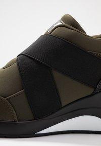 Mariamare - PRINCE - Nazouvací boty - khaki - 2