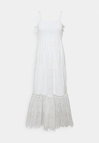 LORETTA SHIRRED DRESS - Robe d'été - porcelain