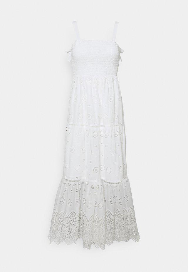 LORETTA SHIRRED DRESS - Sukienka letnia - porcelain