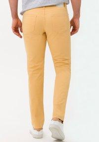 BRAX - STYLE CADIZ - Jeans slim fit - sunset - 2