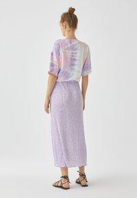 PULL&BEAR - A-snit nederdel/ A-formede nederdele - purple - 2