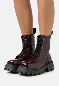 Topshop - BAE SQUARE TOE LACE UP - Lace-up ankle boots - burgundy - 0