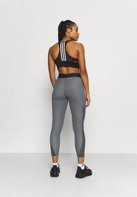 adidas Performance - Collant - dark grey heather/white - 2